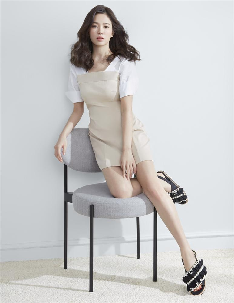 Hậu trường chụp ảnh xinh như nàng thơ đôi mươi của Song Hye Kyo-9