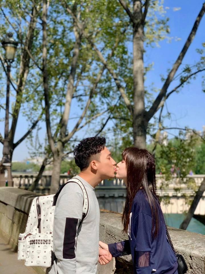 Trương Quỳnh Anh sẵn sàng ngồi dưới trời nắng chờ một người sau cuộc hôn nhân đổ vỡ-4