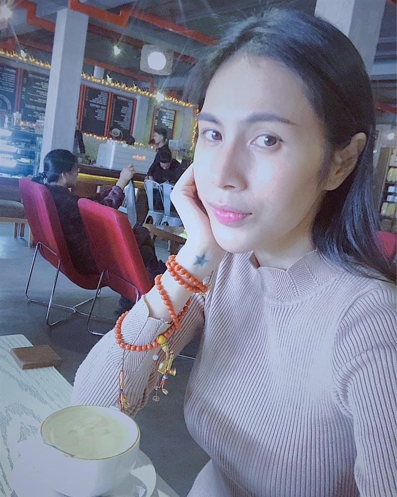 Trương Quỳnh Anh sẵn sàng ngồi dưới trời nắng chờ một người sau cuộc hôn nhân đổ vỡ-2