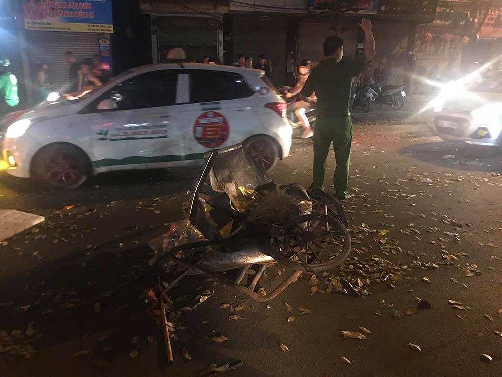 Tai nạn kinh hoàng: Xe điên đâm loạn xạ trong đêm, 1 công nhân môi trường tử vong, người bị thương nằm la liệt-7