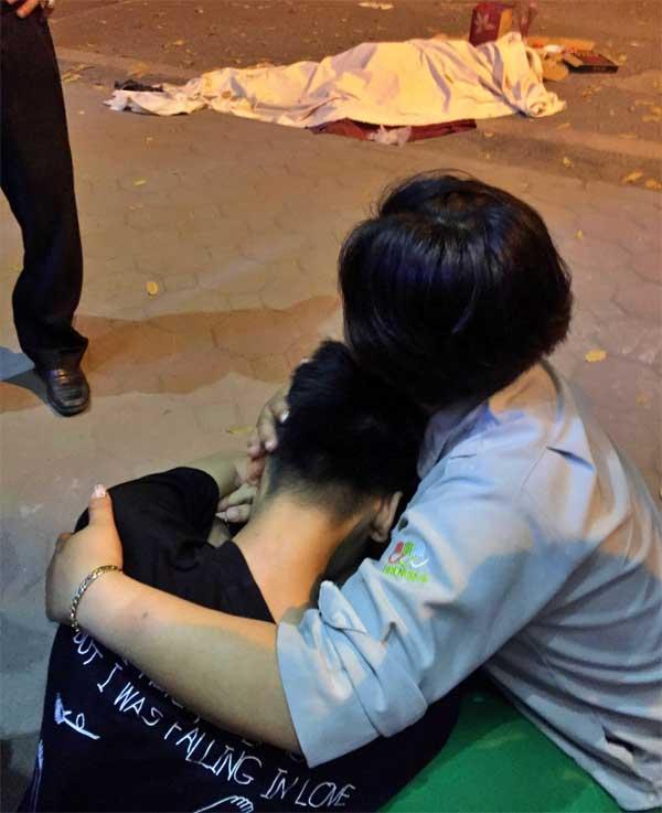 Tai nạn kinh hoàng: Xe điên đâm loạn xạ trong đêm, 1 công nhân môi trường tử vong, người bị thương nằm la liệt-6
