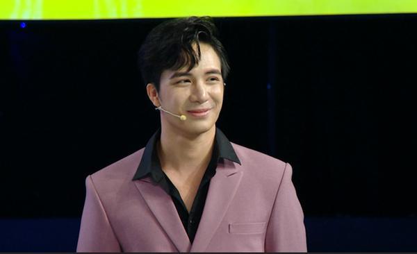 Bác sĩ đẹp trai nhất Việt Nam nhận sai vì chửi thề, ứng xử thô lỗ trên sóng truyền hình-1
