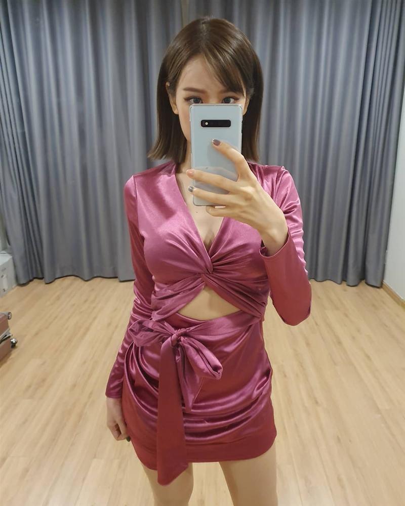 Chưa xong nghi vấn đạo nhạc, Min lại vướng lùm xùm mặc đồ nhái của nữ tỷ phú Kylie Jenner-1