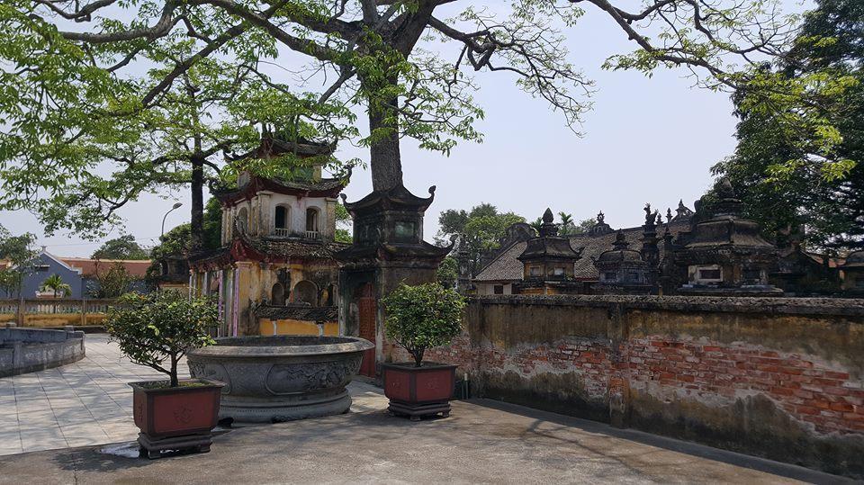 Trụ trì chùa Trung Hành dọa thả chó cắn nát mặt phật tử?-2