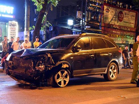 Nửa ngày sau vụ tông chết người, tài xế say xỉn chưa tỉnh để khai báo-1