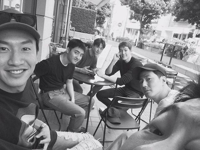 Lee Kwang Soo tiết lộ lý do thường xuyên cùng hội bạn thân quyền lực tụ tập tại nhà Jo In Sung-2