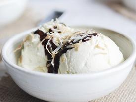 Cách làm kem tươi sữa dừa mát lạnh không cần máy