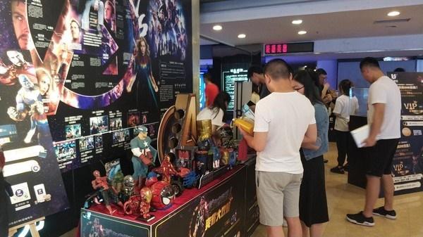 Khách xếp hàng dài ở Trung Quốc để xem chiếu sớm Avengers: Endgame, suất phim bắt đầu lúc 0h vẫn đông kín-4