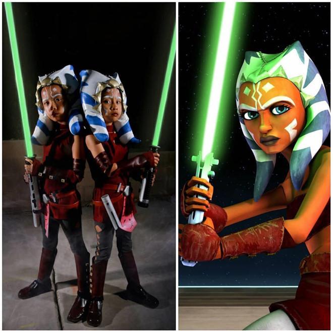 Cặp song sinh 11 tuổi nổi tiếng với khả năng cosplay y như thật-10