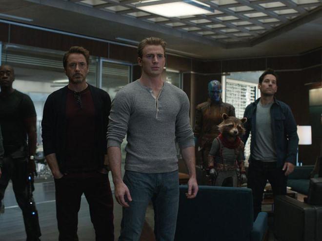 Avengers: Endgame dài tới 3 tiếng, nên đi vệ sinh lúc nào?-1
