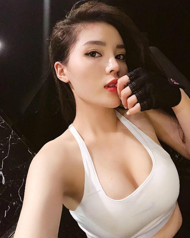Vừa hết nhiệm kỳ, các Hoa hậu, Á hậu Việt Nam rũ bỏ kín đáo, trở nên sexy mê hồn-16