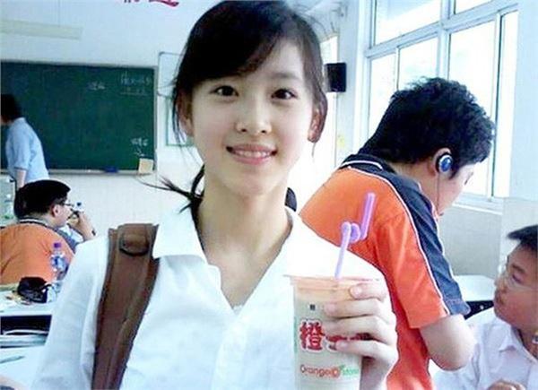 Cuộc sống của hot girl trà sữa Trung Quốc: Xa hoa nhưng tủi nhục vì lấy đại gia-1