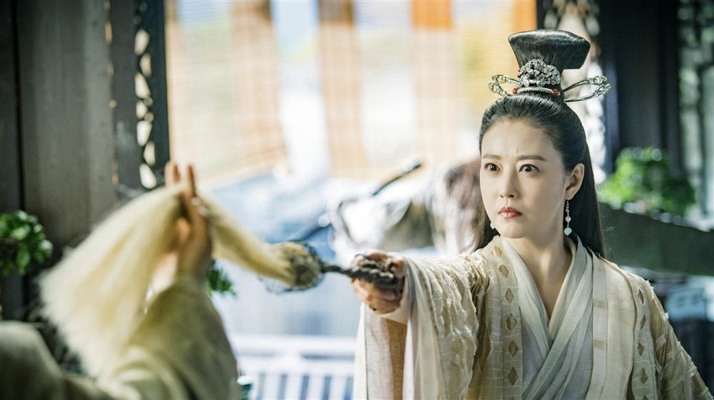 Sau 25 năm, mỹ nhân TVB lại hóa thân thành Chu Chỉ Nhược ở tuổi 53-6
