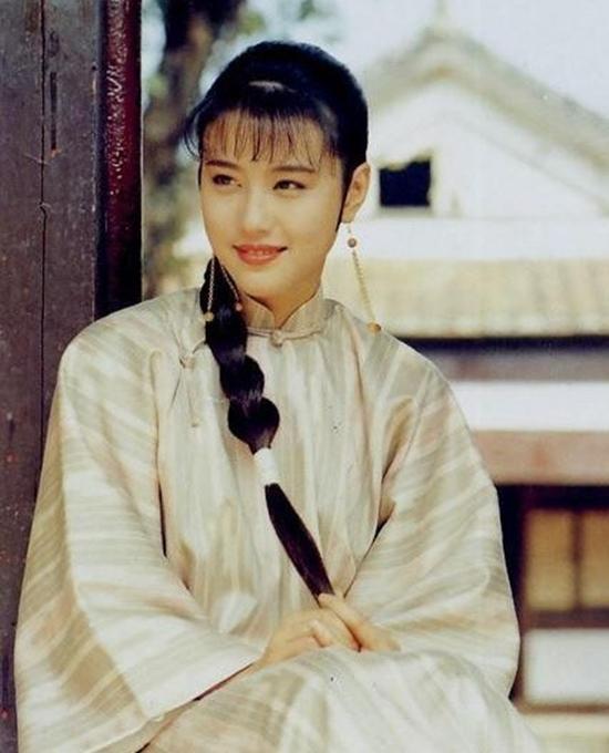 Sau 25 năm, mỹ nhân TVB lại hóa thân thành Chu Chỉ Nhược ở tuổi 53-10