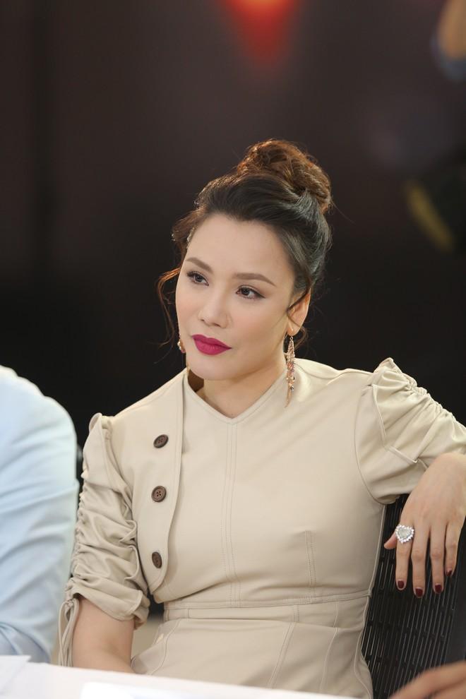 Bác tin đại phẫu dao kéo, Hồ Quỳnh Hương cho biết thủ phạm khiến gương mặt phù nề đáng sợ năm xưa chính là kem trộn-5