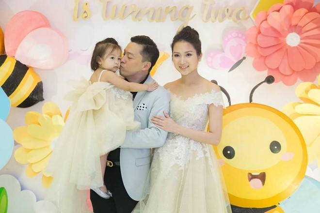 Vợ Lam Trường tủi thân vì một mình chăm con khi chồng đi quá nhiều-3