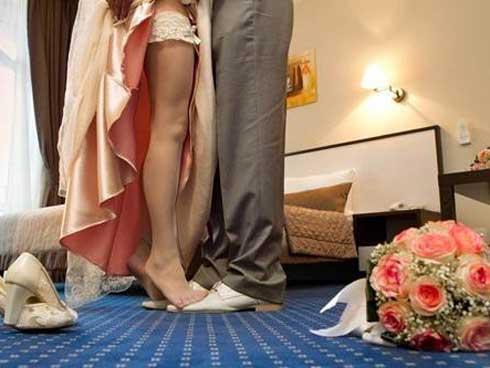 Hai tháng sau khi kết hôn, cặp đôi buộc phải ly hôn vì mẹ cô gái tiết lộ sự thật ngỡ ngàng-1