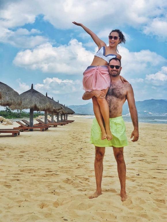 Chia tay bạn trai chung quốc tịch, em gái siêu mẫu Hà Anh vui duyên mới với cuộc tình xuyên biên giới-4