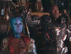 'Avengers: Endgame' lập kỷ lục doanh thu 100 triệu USD nhanh nhất