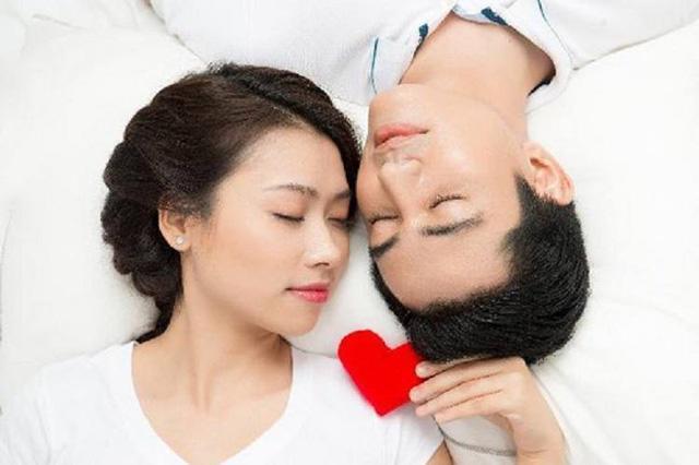 Nước mắt của người vợ sau 2 tháng ngủ với chồng mà vẫn còn trinh-1