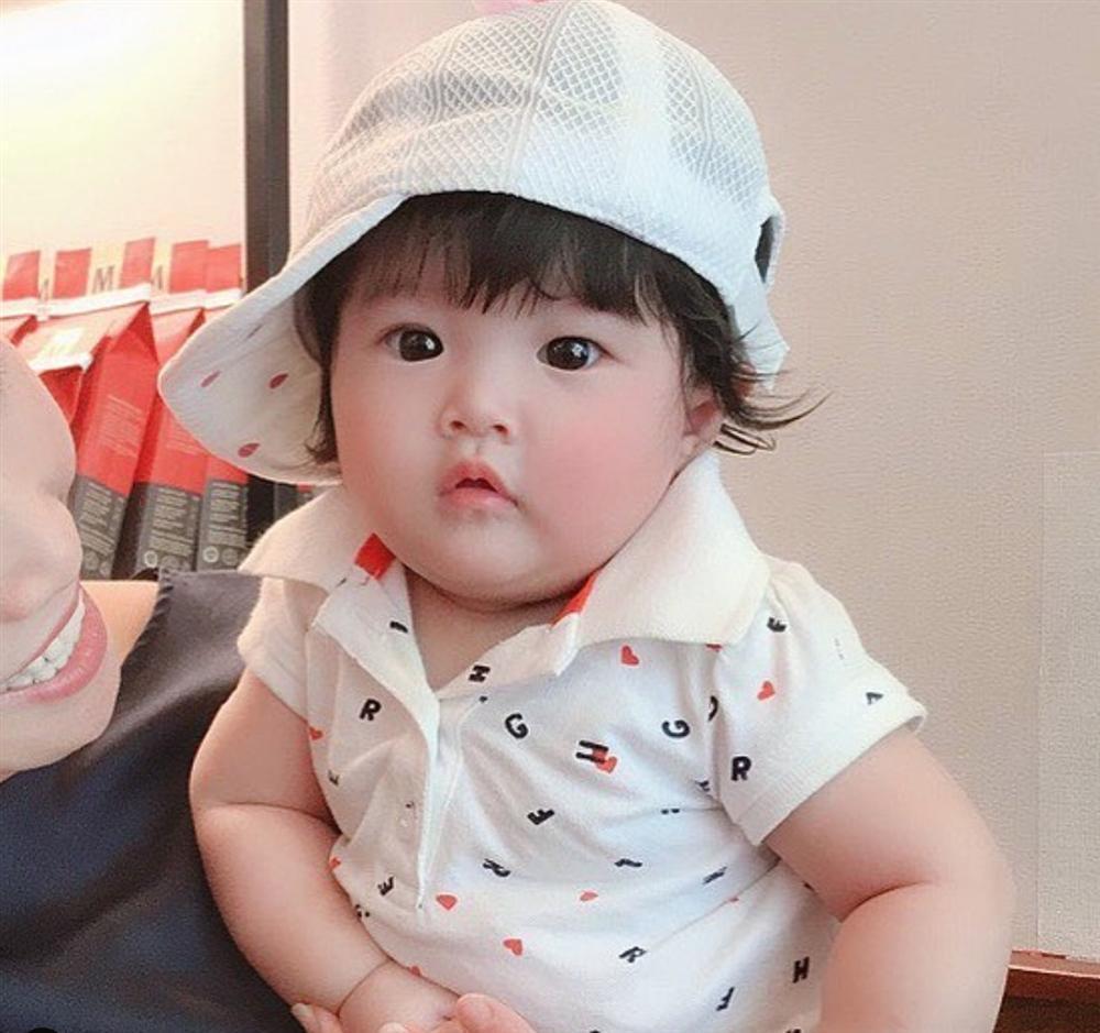 Mới sinh con đầu lòng được 5 tháng, Diệp Lâm Anh lại hồ hởi thông báo mang bầu lần hai-8