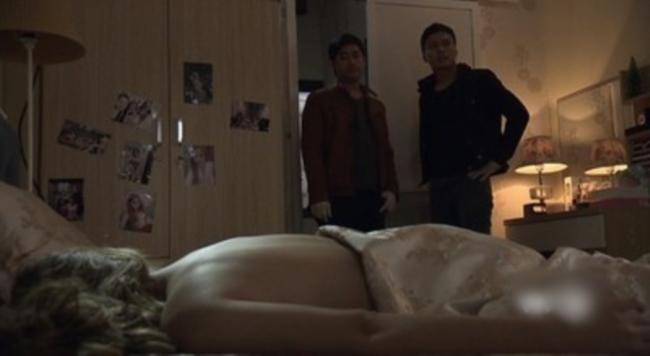 Hot girl chết lõa thể trong Mê Cung: Gái làng chơi nhẵn mặt khán giả, từng lên chầu Táo Quân-2