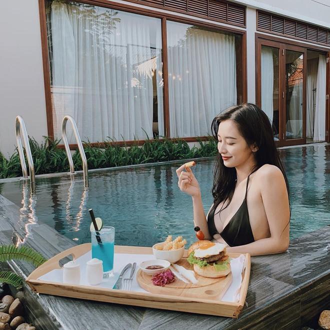 Hot girl Việt rủ nhau diện bikini, khoe dáng gợi cảm ngày nắng nóng-3