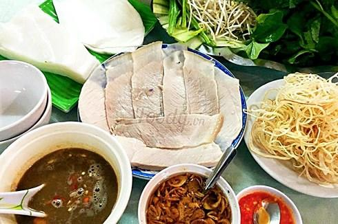 Đến Đà Nẵng nên thưởng thức những món ăn đặc sản nào?-1