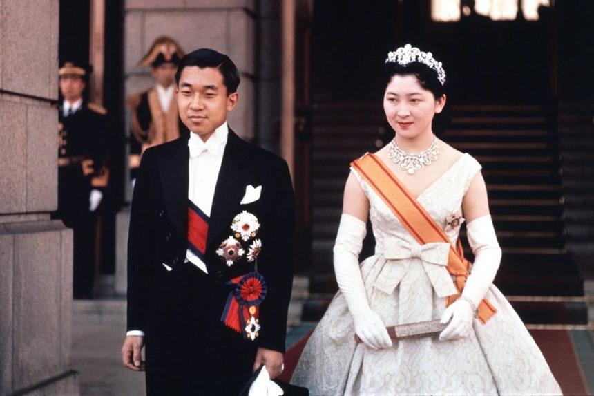 Chuyện tình thế kỷ của Nhật hoàng Akihito và Hoàng hậu Michiko-8