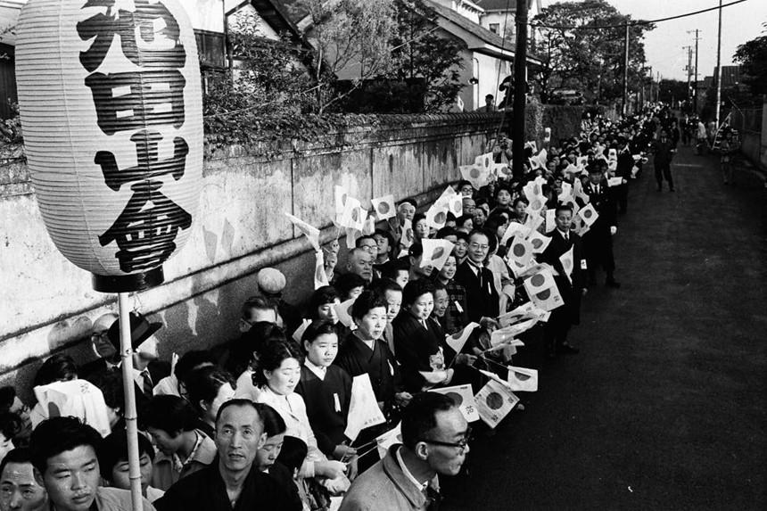 Chuyện tình thế kỷ của Nhật hoàng Akihito và Hoàng hậu Michiko-11