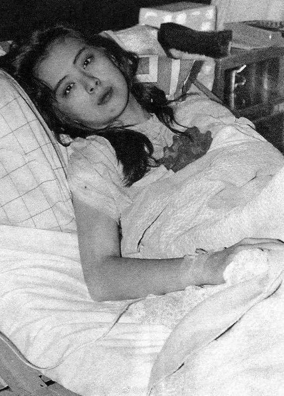 Ngọc nữ số 1 Hong Kong Vương Tổ Hiền: nhan sắc tỏa sáng ngay cả trên giường bệnh-2