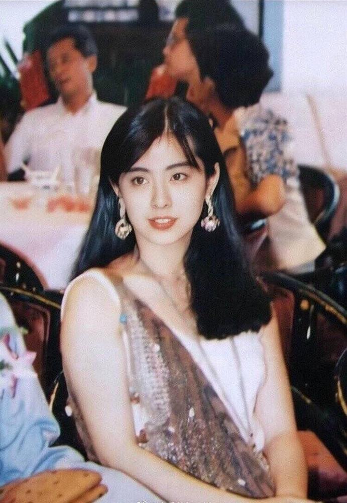 Ngọc nữ số 1 Hong Kong Vương Tổ Hiền: nhan sắc tỏa sáng ngay cả trên giường bệnh-3
