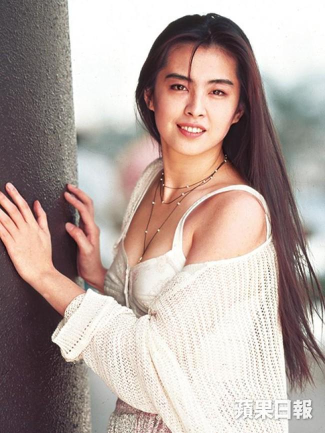 Ngọc nữ số 1 Hong Kong Vương Tổ Hiền: nhan sắc tỏa sáng ngay cả trên giường bệnh-5