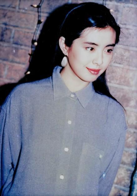 Ngọc nữ số 1 Hong Kong Vương Tổ Hiền: nhan sắc tỏa sáng ngay cả trên giường bệnh-6