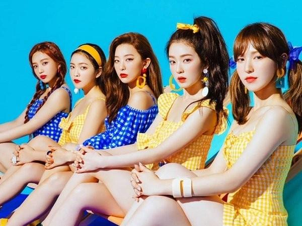 Hậu biểu diễn ở Việt Nam, Red Velvet lo lắng khi liên tiếp bị fan cuồng quấy rối khi đang livestream-2