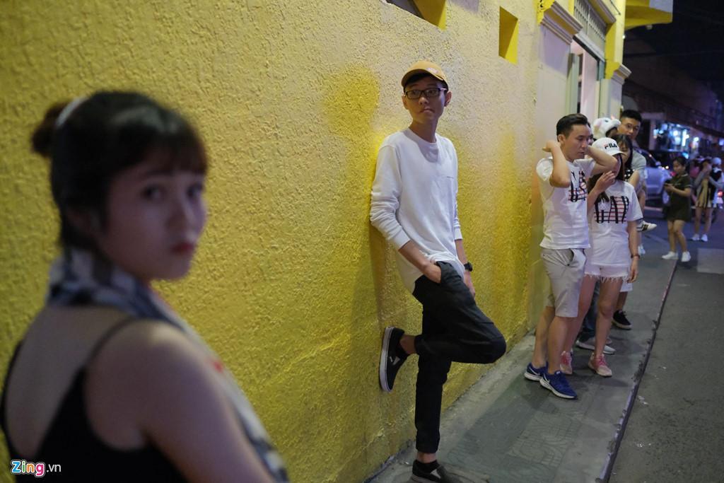Cảnh người ngắm người ở các điểm đến nổi tiếng của Đà Lạt-10