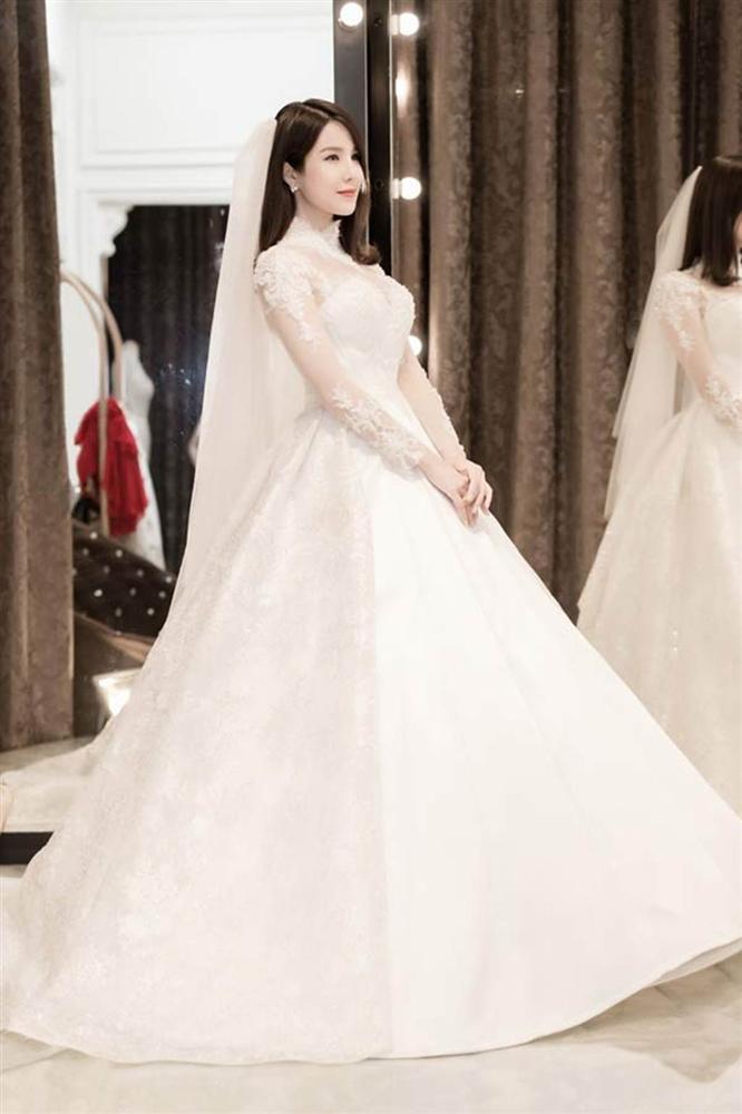 Những bộ váy cưới đẹp nhất mỹ nhân Việt từng khoác lên người-5