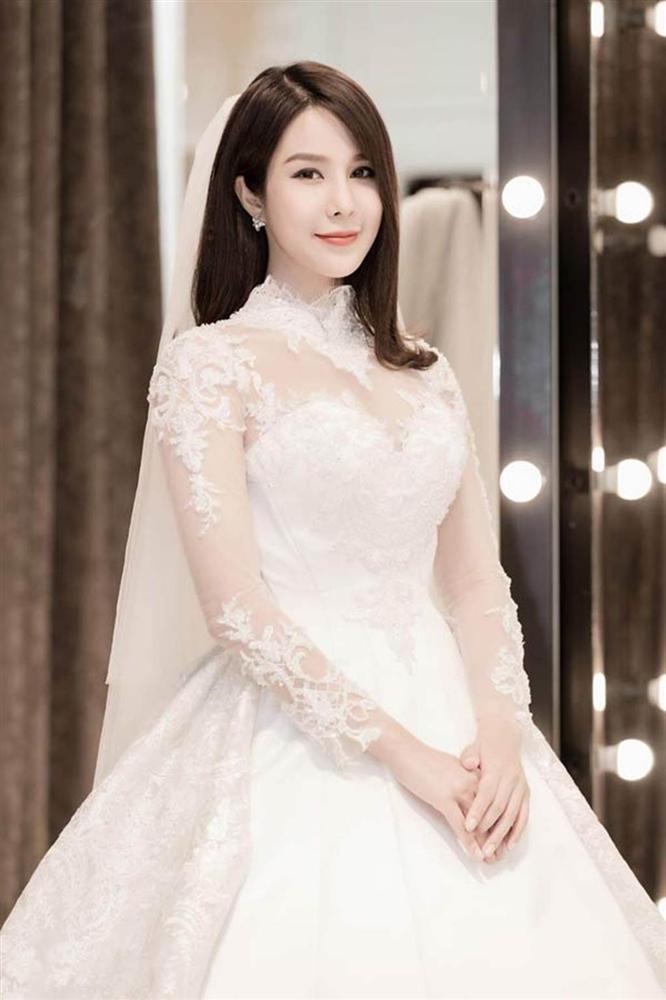 Những bộ váy cưới đẹp nhất mỹ nhân Việt từng khoác lên người-6