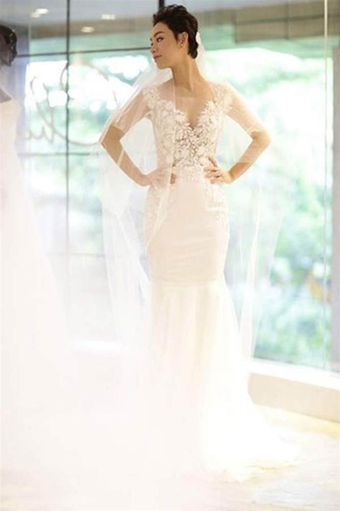Những bộ váy cưới đẹp nhất mỹ nhân Việt từng khoác lên người-14