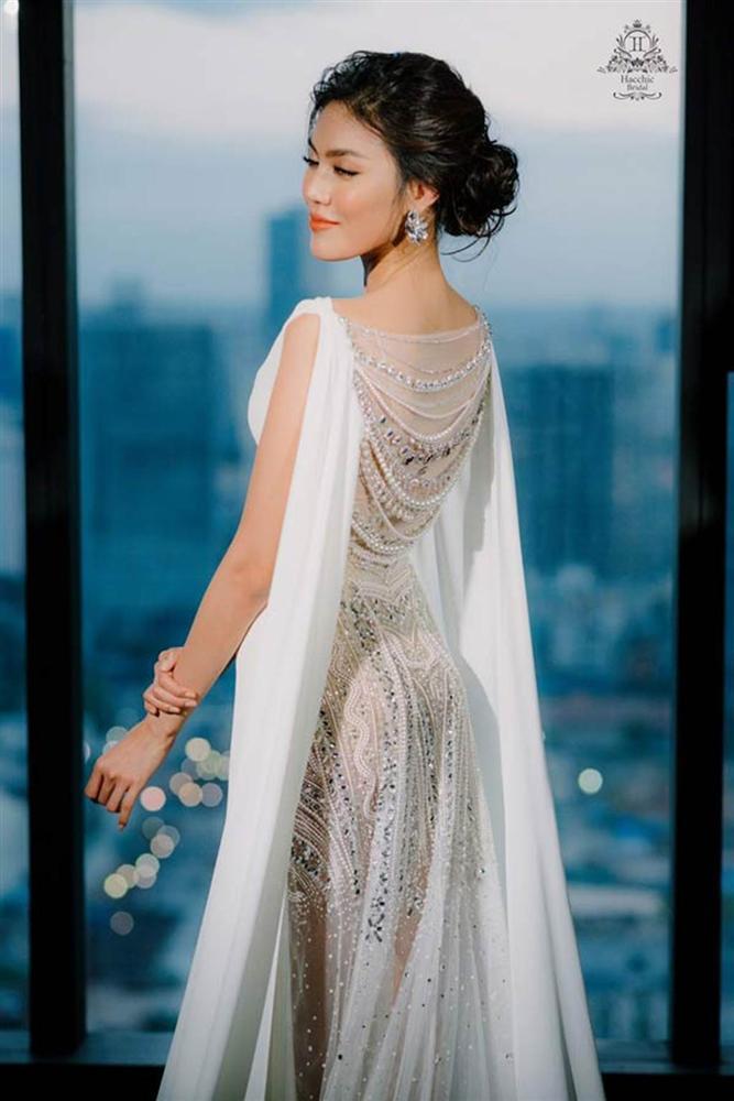 Những bộ váy cưới đẹp nhất mỹ nhân Việt từng khoác lên người-9