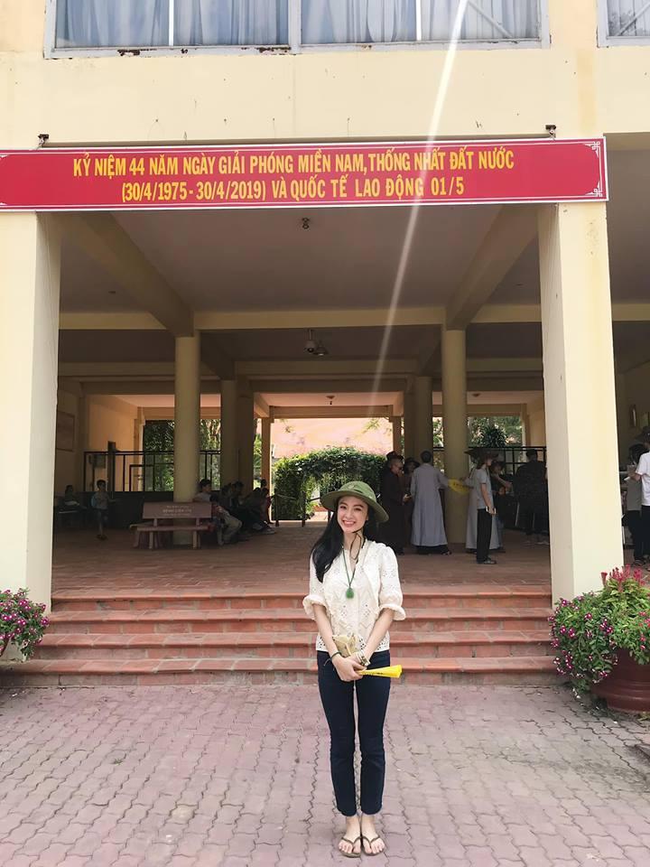 LẠ ĐỜI CHƯA: Bỏ qua mọi thú vui, Angela Phương Trinh - Nhã Phương nghỉ lễ ở những địa điểm cực kỳ khó tin-2