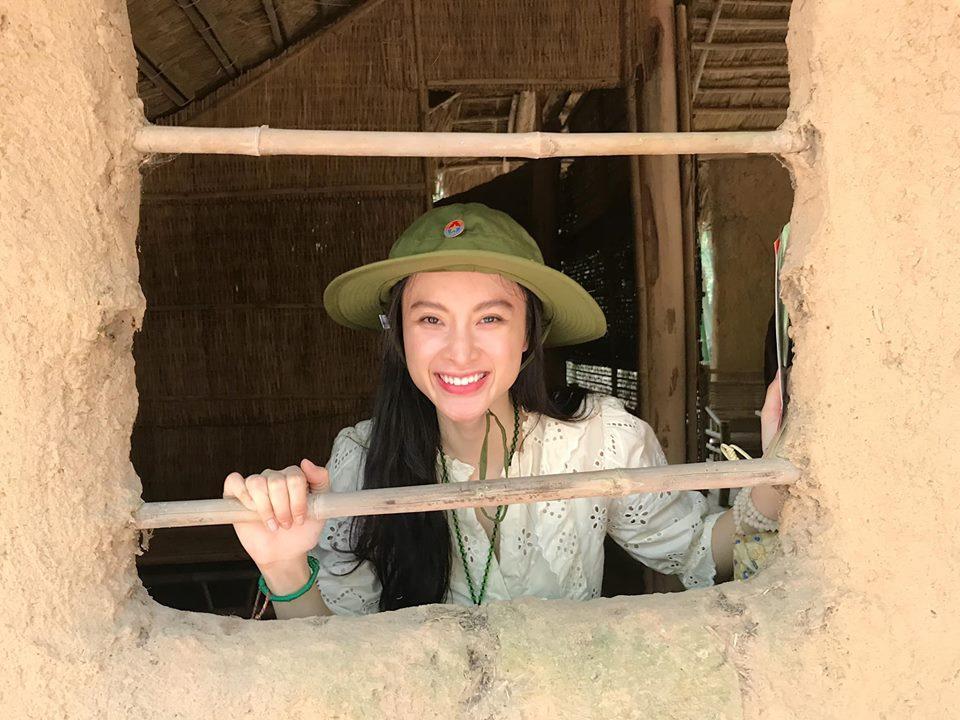 LẠ ĐỜI CHƯA: Bỏ qua mọi thú vui, Angela Phương Trinh - Nhã Phương nghỉ lễ ở những địa điểm cực kỳ khó tin-8