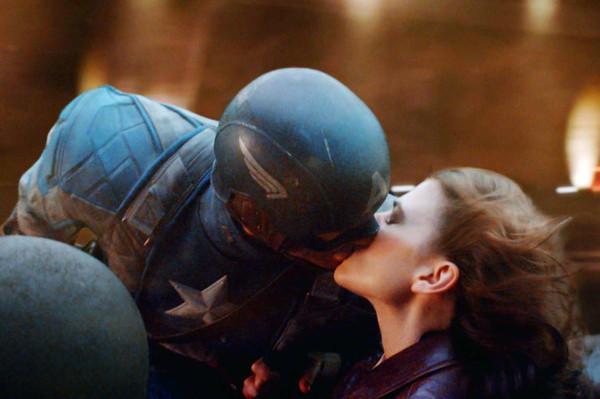 Đạo diễn giải thích đoạn kết của Captain America trong Avengers: Endgame-6