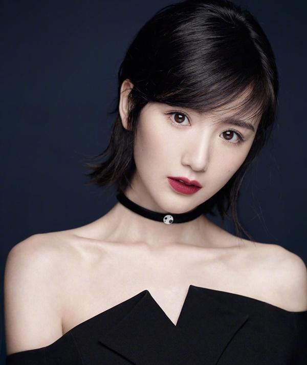 Sao nữ Trung Quốc xinh đẹp bị bố ném vào thùng rác, bạn trai phản bội-7