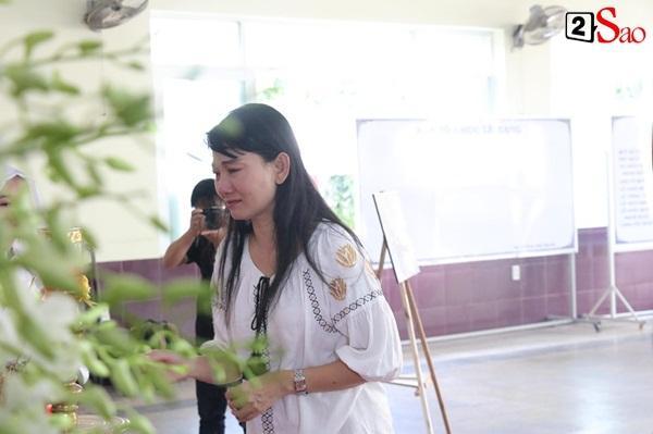 Ốc Thanh Vân âu sầu, Mỹ Uyên giàn giụa nước mắt tiếc thương-3
