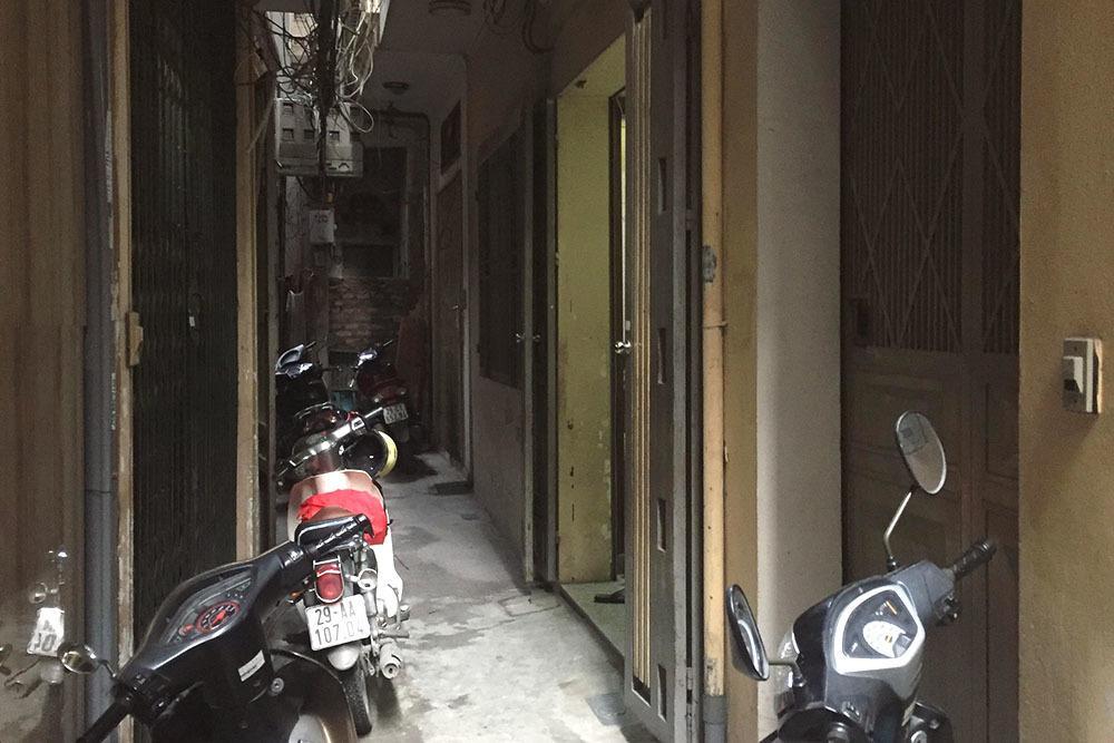 Tai nạn ở hầm Kim Liên: Lặng người nữ sinh đăng cáo phó cho mẹ-3