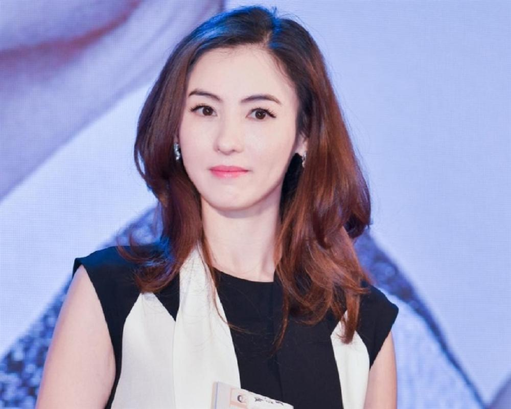 Mẹ Trương Bá Chi hết thời đóng phim 18+, nợ nần vì cờ bạc phải làm công việc này-5