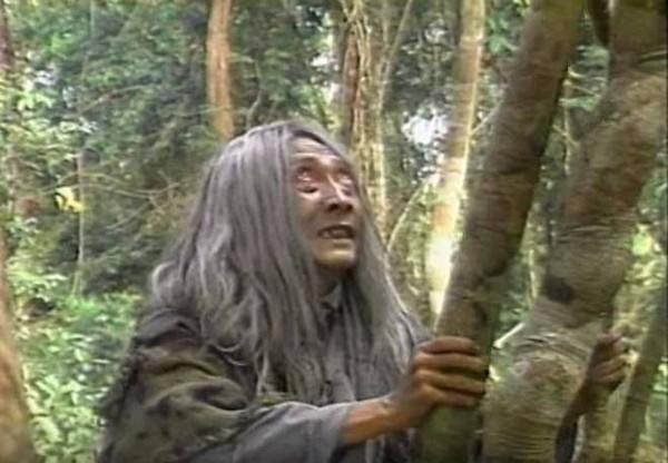 Rơi nước mắt lời vĩnh biệt cố nghệ sĩ Lê Bình của Hoàng Phi - thằng Cuội đình đám năm xưa trong series Cổ tích Việt Nam-1