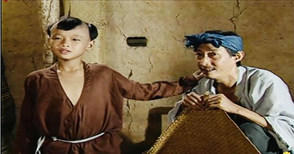 Rơi nước mắt lời vĩnh biệt cố nghệ sĩ Lê Bình của Hoàng Phi - thằng Cuội đình đám năm xưa trong series Cổ tích Việt Nam-4