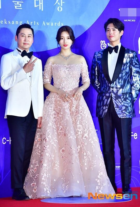 Thảm đỏ Baeksang 2019: Suzy tăng cân vẫn xuất sắc tranh spotlight với nữ thần IU-4